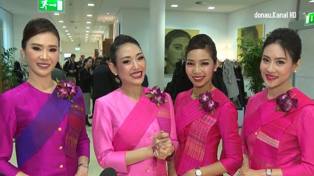 Flughafen Wien . Thai Airways wieder in Wien